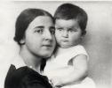 Надежда Алилуева с дочерью Светланой. 1927 г._1