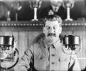 И. В. Сталин произносит речь на партийном съезде