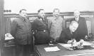 Подписание договора о дружбе и взаимном сотрудничестве с Финляндией