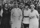 На даче Сталина. И. В. Сталин и К. Е. Ворошилов. Начало 30-х гг.