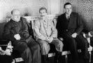У. Черчилль, И. В. Сталин и А. Гарриман. Кремль. 1942 г.